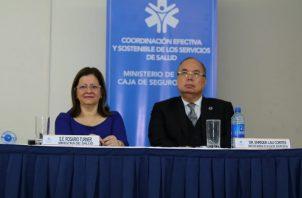 Rosario Turner (Minsa) y Enrique Lau Cortés (CSS) anunciaron la unificación de los servicios de salud. Foto: Cortesía
