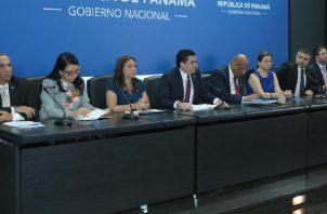 El vicepresidente José Gabriel Carrizo denunció supuestos gastos irresponsables sin sustentación en la administración de Varela. Cortesía