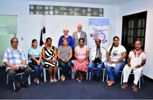 Nueve personas recibieron el bono por parte de la Zona Libre de Colón. Foto/Cortesía