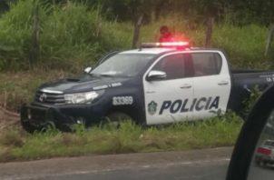 Durante la persecución un vehículo policial  se volcó. Foto: Mayra Madrid.