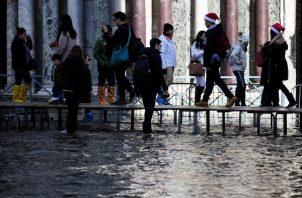 Inundaciones en la Plaza de San Marcos, Italia. FOTO/AP
