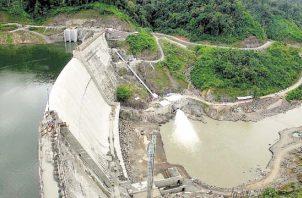 La disminución en la generación hidráulica puede deberse a los bajos niveles de los lagos.