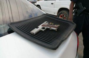 Fueron recuperadas un fusil de asalto AR-15, seis pistolas calibre 9 milímetros y una escopeta calibre 12.Foto/Eric Montenegro