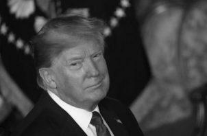 Más allá de los deseos de ver destituido al excéntrico presidente Donald Trump, el juicio político en su contra amerita ser examinado con cierto realismo político. Foto: AP.