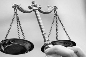 El sistema judicial hace parte fundamental del funcionamiento del Estado, y este contribuye positivamente a la competitividad del mercado en la medida que garantice la protección a la libre empresa, la transparencia en los contratos y corrija sus fallos. Foto: AP.