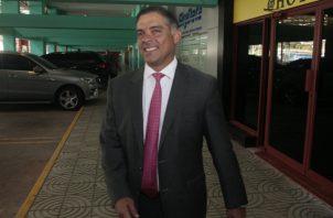 """El exdiputado de la Asamblea Nacional Adolfo """"Beby"""" Valderrama a su llegada ayer a la audiencia, en donde se le imputaron cargos por blanqueo de capitales."""