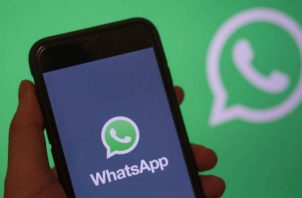 Whatsapp se cayó y era imposible enviar audios y videos. Foto: AP.
