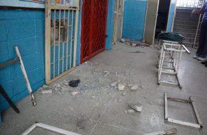 Meduca convocará a una nueva licitación para reconstruir la Escuela República de Venezuela.
