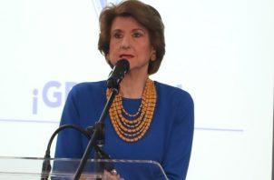 Mercedes Eleta de Brenes es presidenta de la Apede.