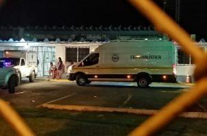 El primer caso se registró en  Avenida de El Mar en Veracruz, en donde un doble homicidio dejó el saldo de un menor de edad de 15 y un adulto de 19 años  muertos. FOTO/Eric Montenegro