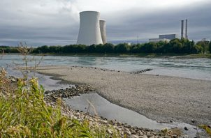 La planta nuclear en Philippsburg, Alemania, cerró el 31 de diciembre. La última planta nuclear cerrará para el 2022. Foto / Ronald Wittek/EPA, vía Shutterstock.