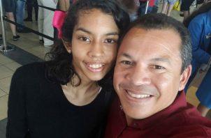 Luis Casis y Andrea.