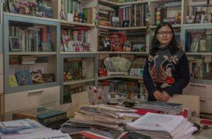 La ley matrimonial hace a Li Xiuping responsable de pagar las deudas de su ex esposo. Trabaja para cambiar la ley. Foto / Gilles Sabrié para The New York Times.