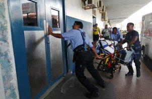 Los heridos fueron trasladados  al Hospital Dr. Manuel Amador Guerrero. Foto/Diomedes Sánchez