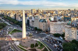 En 2015, cuando asumió el gobierno de Mauricio Macri, la deuda pública argentina era de 240,665 millones de dólares (52.6% del PIB). Foto: Cortesía.