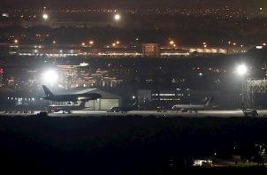 Un portavoz de Enaire ha declarado a EFE que el aterrizaje se realizado con éxito sin que al tocar tierra se hayan registrado problemas.
