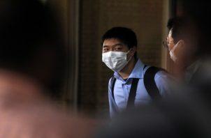 El virus y sus incógnitas concomitantes evocaron recuerdos de otra enfermedad mortal que comenzó en China entre 2002 y 2003. Foto/EFE
