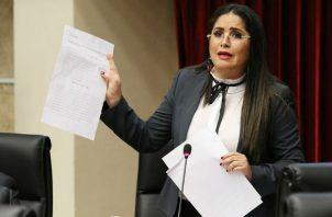 Diputada Zulay Rodríguez. Foto / Asamblea Nacional.