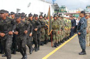 Exdirectores de Senafront y Policía nacional coinciden en que Miembros de la Fuerza de Seguridad Pública están expuestos a la corrupción.