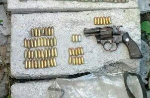 Ubicaron armas de grueso calibre, municiones y sustancias ilícitas. Foto/José Vásquez