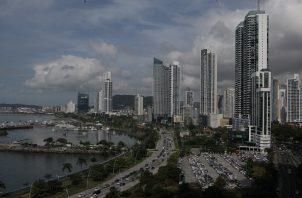 En la inteligencia artificial y arquitectura, es donde los panameños deben mejorar, según el empresario.