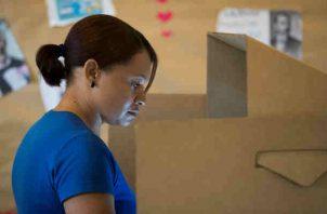 Alerta por voto electrónico en República Dominicana. Foto/EFE