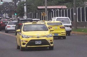 Los taxistas  se han aliado contra la empresa transnacional.   José Vásquez.