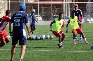 Rolando Botello y José Murillo en los entrenamientos de la selección mayor. Foto:Fepafut