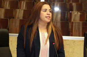La diputada Corina Cano es la proponente del proyecto de Ley No. 18 sobre identidad para bebés fallecidos en el vientre materno.