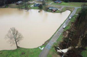 Varias casas inundadas. FOTO/AP