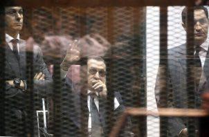 hosni Mubarak había sido sometido en enero a una operación y permanecía hospitalizado afectado por dolencias en su aparato gastrointestinal. FOTO/EFE