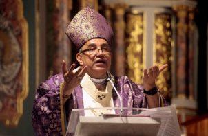 El arzobispo de Panamá señaló que es necesario que durante esta época de Cuaresma los panameños piensen antes de escribir. Víctor Arosemena
