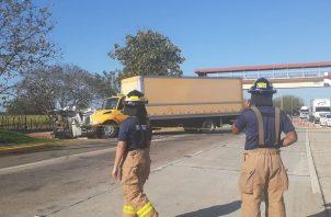 El accidente se dio a eso de las seis de la mañana, en la carretera Divisa-Santiago, a la altura de hangares y muy cerca a una parada. FOTO/THAYS DOMÍNGUEZ