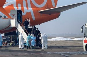 Más de 20 latinoamericanos fueron evacuados por el gobierno ucraniano de Wuhan.