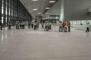 El gerente del Aeropuerto Internacional de Tocumen  dijo se ha comprobado los niveles de de producción de la empresa constructora. Foto/Aeropuerto Internacional de Tocumen