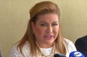 Alma Cortés señaló que ha solicitado en reiteradas ocasiones a Roberto Ábrego que decline competencia en las querellas contra Juan Carlos Varela y ex magistrados de la Corte Suprema de Justicia.
