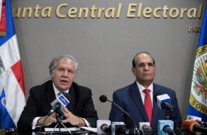 secretario general de la OEA, Luis Almagro y el presidente de la Junta Central Electoral (JCE), Julio César Castaños Guzmán, ofrecieron una conferencia de prensa. FOTO/EFE