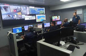 Centro de llamadas del Benemérito Cuerpo de Bomberos de Panamá. Foto / Ana Quinchoa.