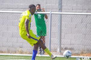 Luis Tejada anotó su primer gol de la temporada. Foto:LPF
