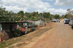 En el área es muy común que las personas invadan terrenos privados. FOTO/ERIC MONTENEGRO