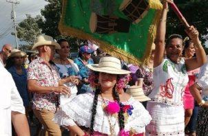 Dentro de lo tradicional en el Festival de la Cumbia Chorrerana destaca el pollerín chorrerano, considerado un traje exclusivo para bailar la cumbia