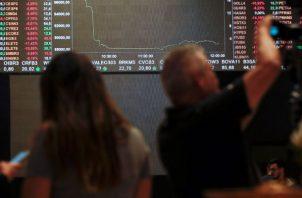 Al término de las operaciones en la Bolsa de Nueva York, el Dow Jones de Industriales se hundió exactamente un 9,99 %.
