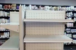 Tiendas, farmacias y supermercados quedaron desabastecidos de productos como: alcohol y gel alcoholado.
