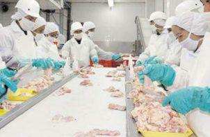 Industriales dicen estar preparados para atender la demanda creciente por el coronavirus.