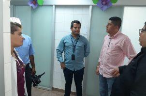 Las autoridades están investigando a todas las personas que han tenido contacto con los afectados. Foto/Melquiades Vásquez