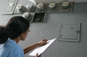 Proyecto de ley busca ayudar a aquellos panameños que no podrán hacerle frente a sus gastos por servicios públicos.