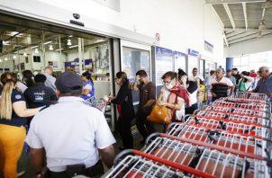 Las penas por infringir la norma establecida por las autoridades van de 2 a 4 años de prisión. Foto: Panamá América.