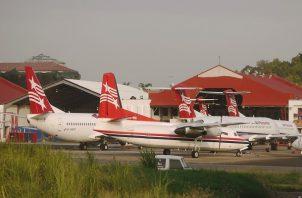 Los vuelos nacionales e internacionales fueron detenidos por espacio de un mes. Foto: Panamá América.