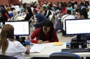 Prórroga de permisos laborales a extranjeros  será hasta el 30 de abril.