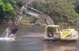 Se busca acumular agua cruda para evitar el desabastecimiento de la población. Foto: Archivo/Ilustrativa.